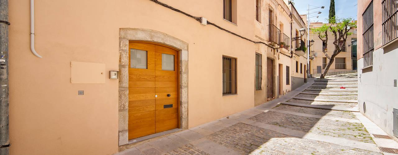 Casas mediterrâneas por Lara Pujol | Interiorismo & Proyectos de diseño Mediterrâneo
