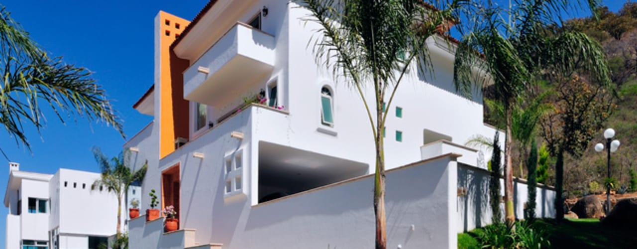 Colonial style houses by Excelencia en Diseño Colonial
