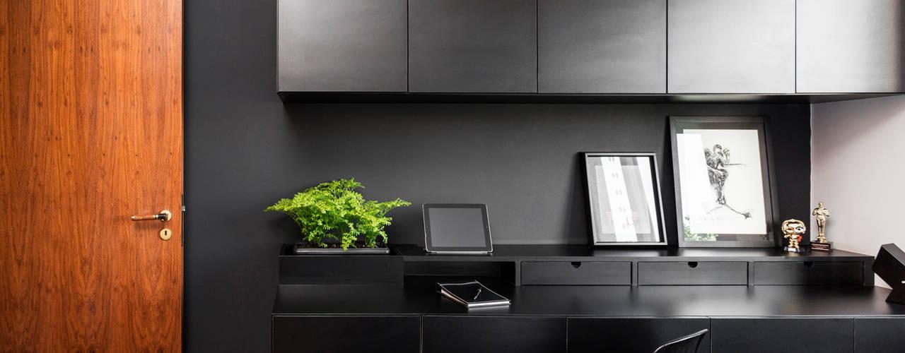 ห้องนอน by Ateliê 7 arquitetura e design integrados