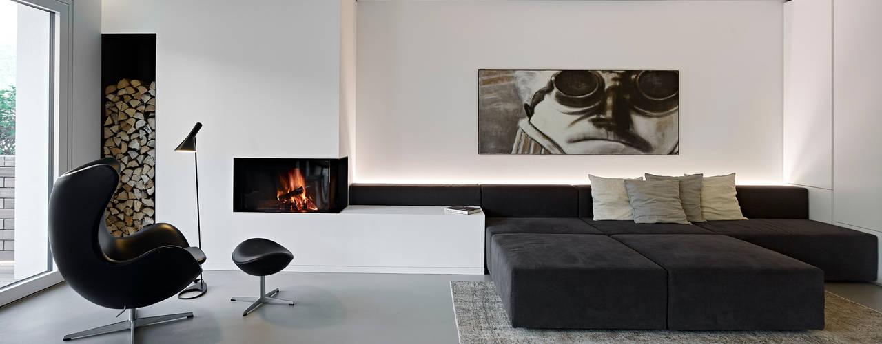 appartamento CW: Soggiorno in stile  di Burnazzi  Feltrin  Architects