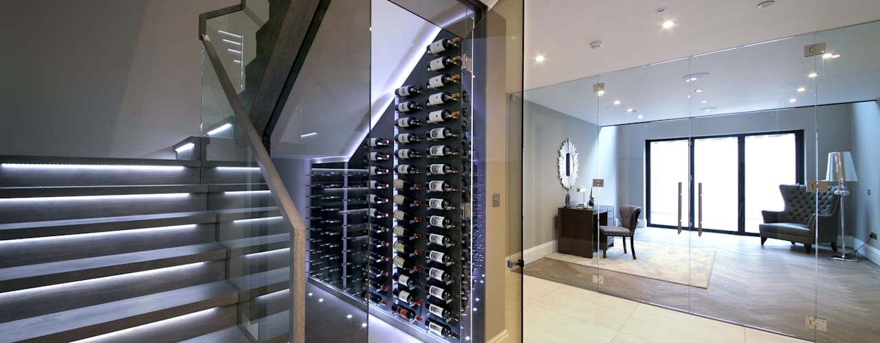 Bodegas de vino de estilo  por Railing London Ltd