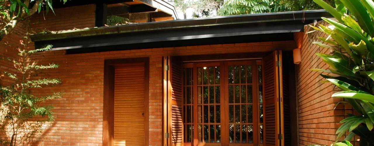 Entradas de casas ideas con ladrillo for Casas rusticas de ladrillo