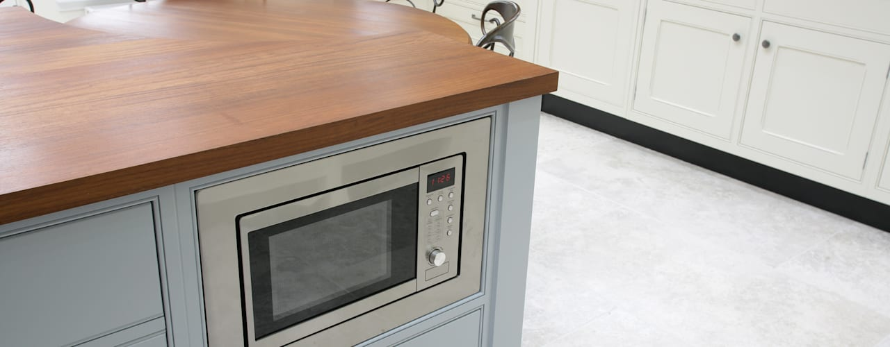 Freestanding Kitchen de Sculleries of Stockbridge Moderno