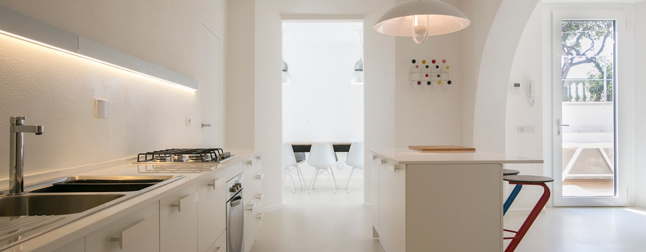 mediterranean Kitchen by mc2 architettura