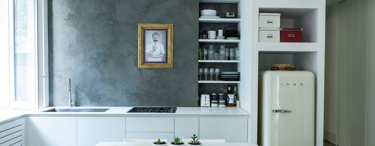 cucina a vista: Cucina in stile  di studio ferlazzo natoli