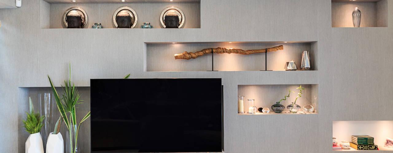 Moradia Algarve 2013 Salas de estar modernas por Atelier Ana Leonor Rocha Moderno