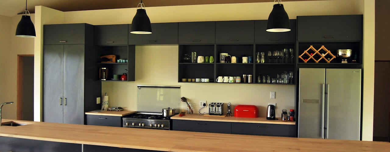 Project : Carrick Modern kitchen by Capital Kitchens cc Modern