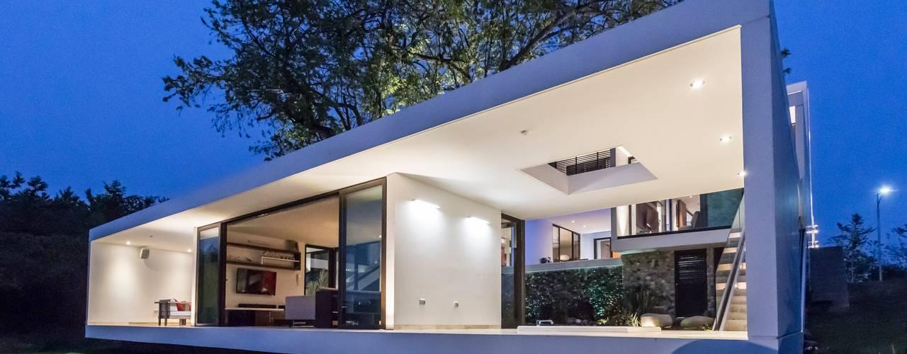 Casas de estilo  por Yucatan Green Design, Minimalista