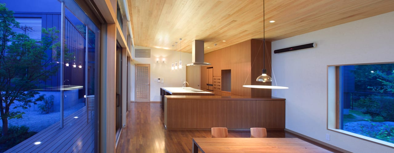玄の家 モダンデザインの ダイニング の Atelier Square モダン