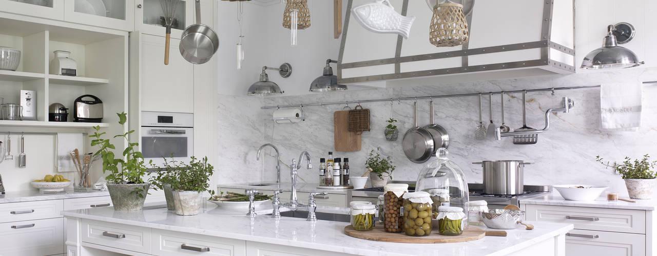 Cozinhas  por DEULONDER arquitectura domestica,