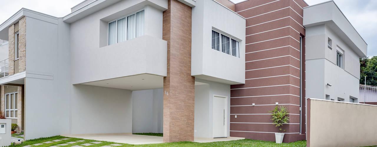 โดย Angelica Pecego Arquitetura โมเดิร์น