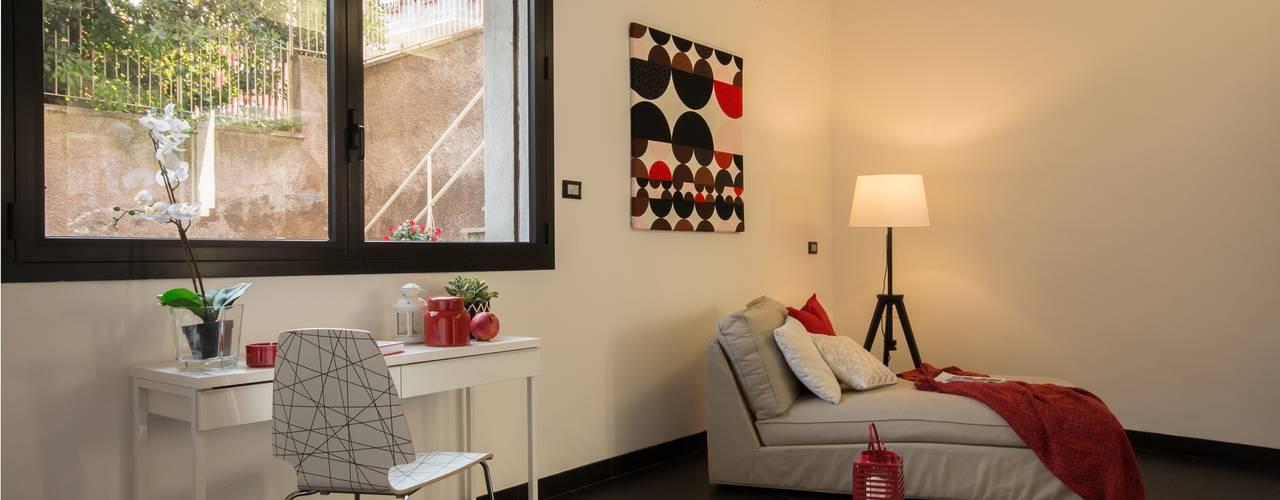 Moderne woonkamers van Flavia Case Felici Modern