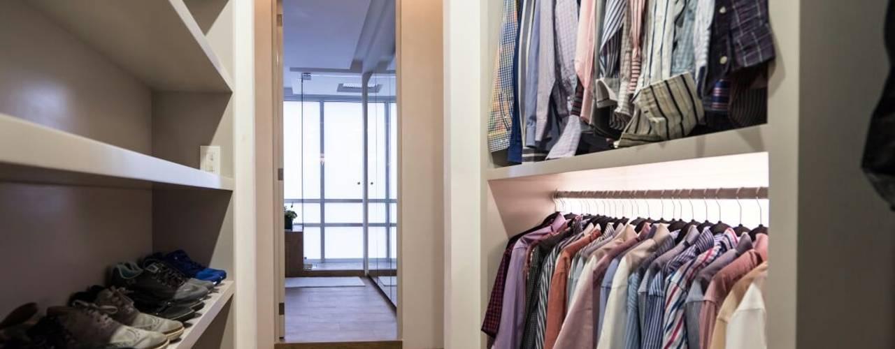 Moderne Ankleidezimmer von HO arquitectura de interiores Modern