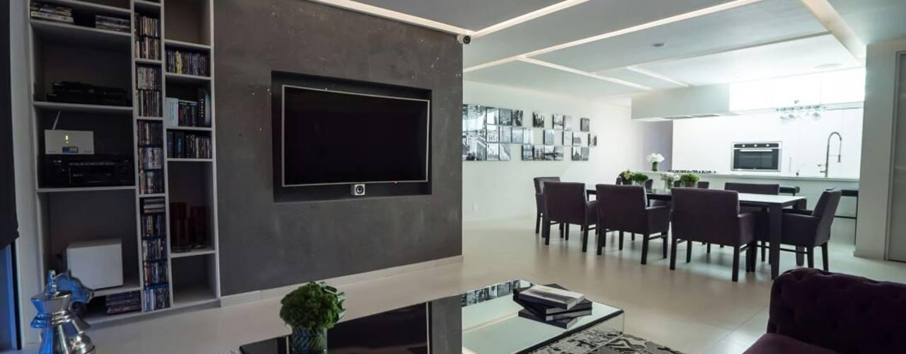 DEPARTAMENTO EN PARQUES POLANCO, CDMX: Salas multimedia de estilo moderno por HO arquitectura de interiores