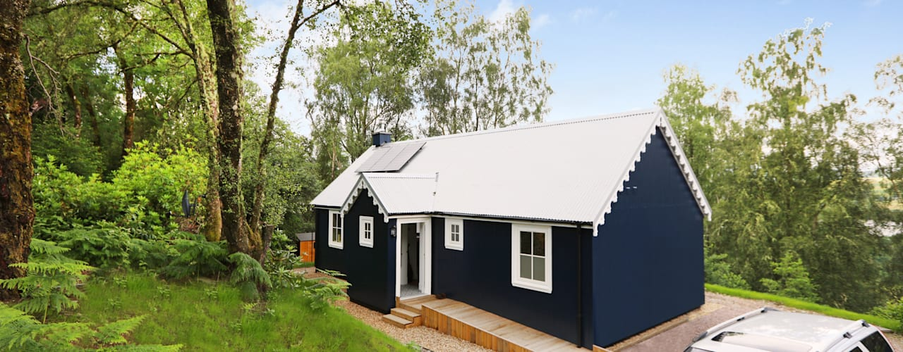 Two Bedroom Bespoke Wee House Casas campestres por The Wee House Company Campestre