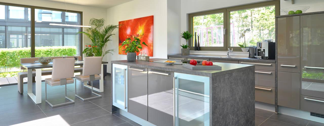 Cocinas de estilo  por Büdenbender Hausbau GmbH