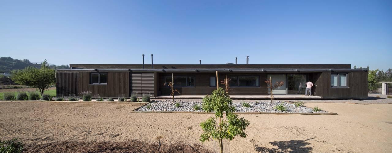 Houses by SUN Arquitectos