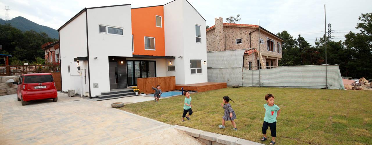 Jardines de estilo moderno de 주택설계전문 디자인그룹 홈스타일토토 Moderno