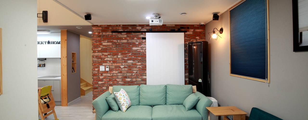 Moderne woonkamers van 주택설계전문 디자인그룹 홈스타일토토 Modern