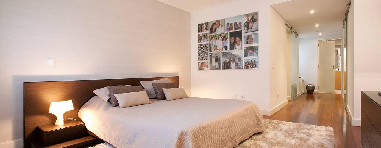 Dormitorios de estilo  por fernando piçarra fotografia