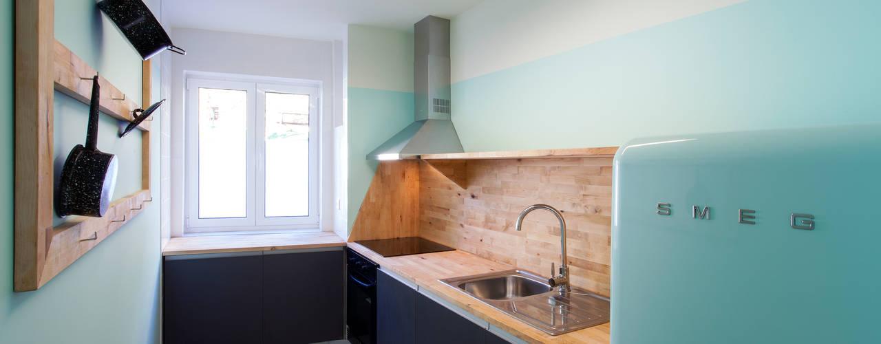 Cucina in stile  di BL Design Arquitectura e Interiores