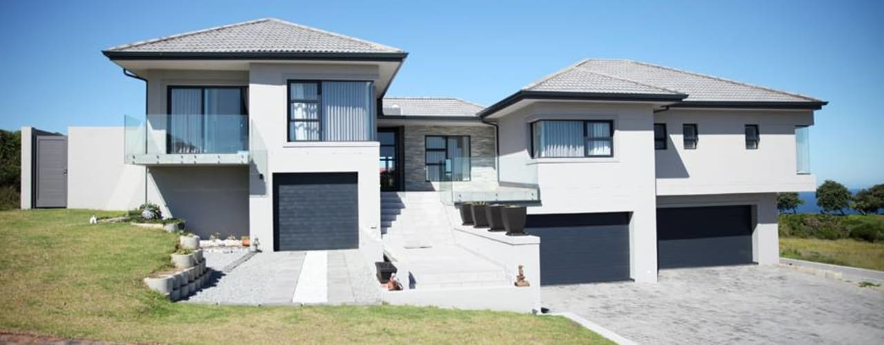 Modern home by Rudman Visagie Modern