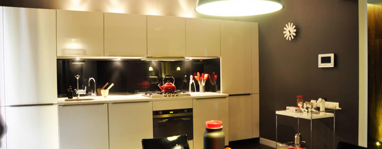 Synectics partners ห้องครัว ไม้เอนจิเนียร์ White