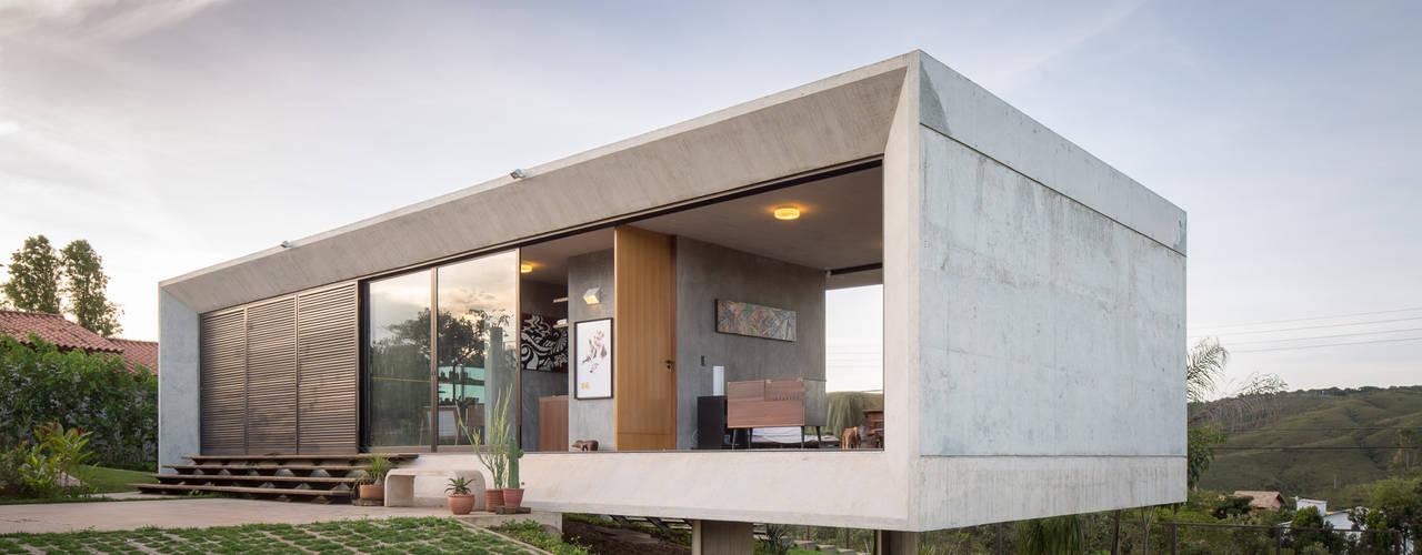 Maisons de style de style Moderne par Joana França