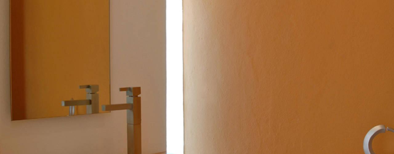 Ванные комнаты в . Автор – Agraz Arquitectos S.C., Модерн