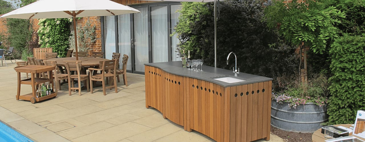 Outdoor Kitchens: modern  by Gaze Burvill, Modern