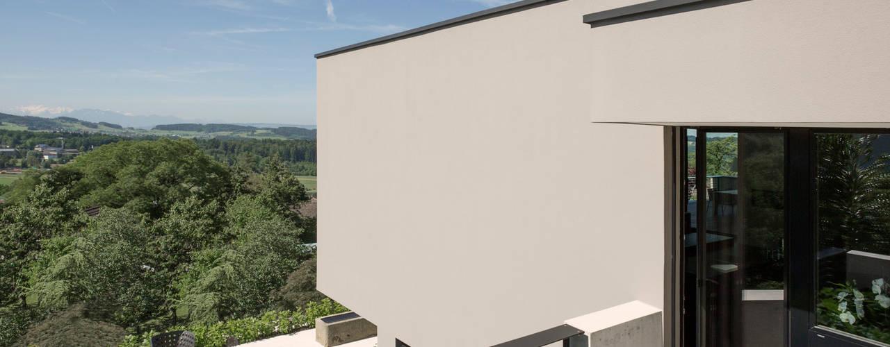 Moderne balkons, veranda's en terrassen van meier architekten zürich Modern