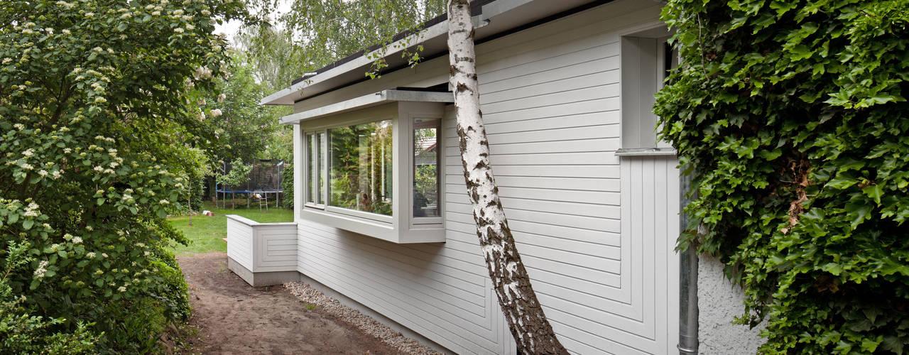 kleinOud Modern home by brandt+simon architekten Modern