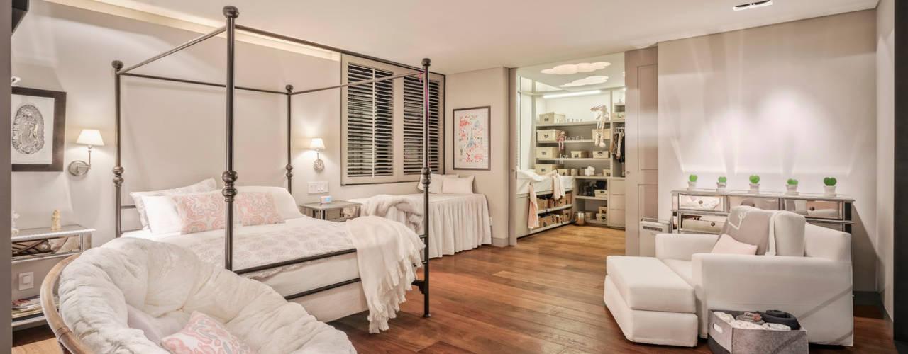 Habitaciones de estilo clásico de Lopez Duplan Arquitectos Clásico