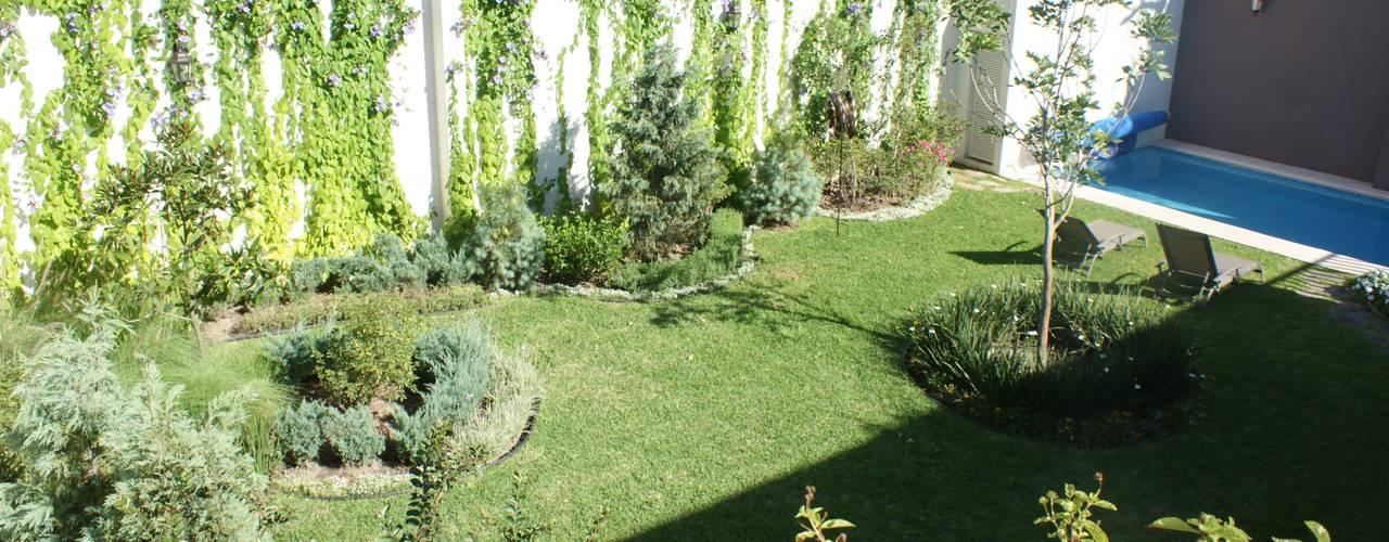 Arquimia Arquitectos Jardines de estilo clásico