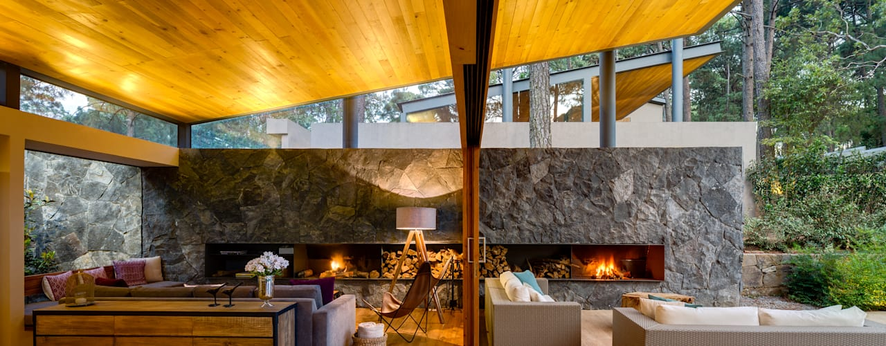 Weber Arquitectos Salones de estilo rural