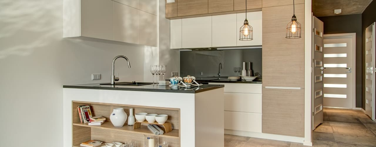Minimalist kitchen by Perfect Space Minimalist