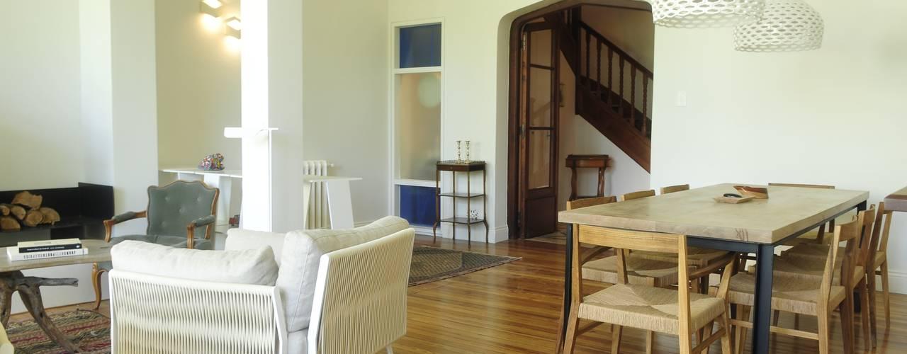 Casa SIRI · Paula Herrero | Arquitectura: Livings de estilo  por Paula Herrero | Arquitectura