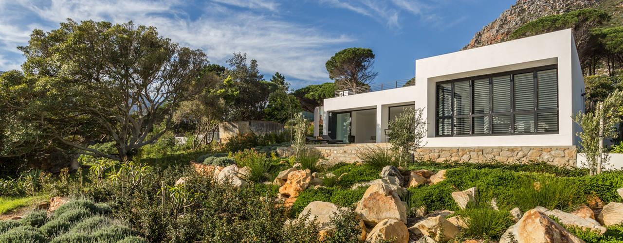 House Hout Bay Modern houses by Babett Frehrking Architect Modern