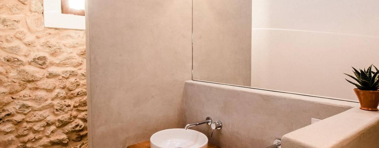 Ibiza Campo - Guesthouse:  Bathroom by Ibiza Interiors - Nederlandse Architect Ibiza