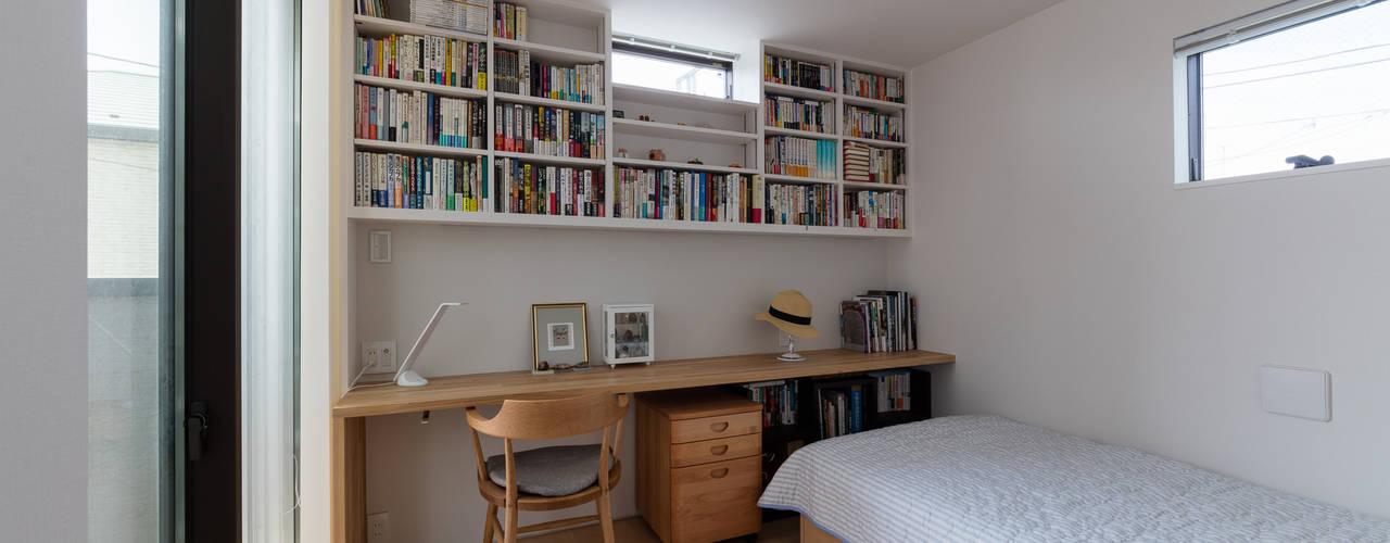Dormitorios de estilo moderno de 設計事務所アーキプレイス Moderno