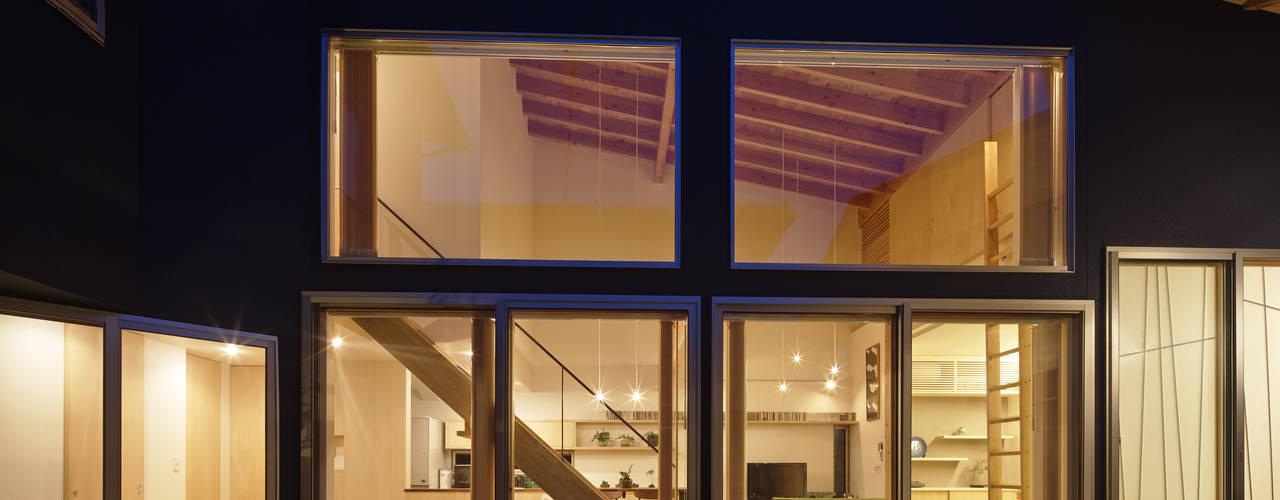 Divide: 建築設計事務所SAI工房が手掛けた現代のです。,モダン