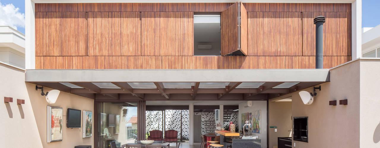 Modern home by Joana França Modern