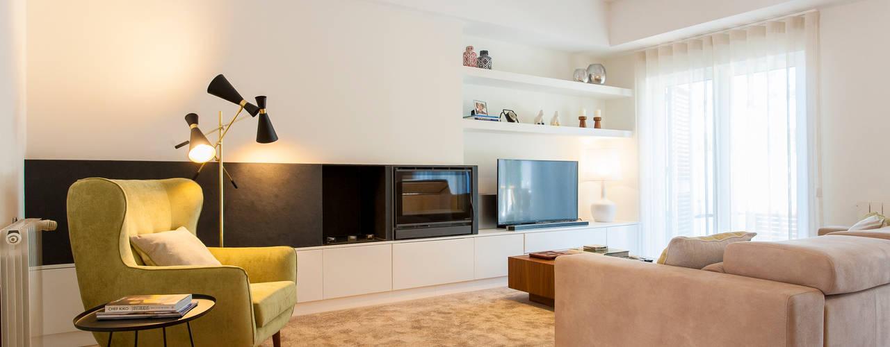 Salas de estar modernas por Traço Magenta - Design de Interiores