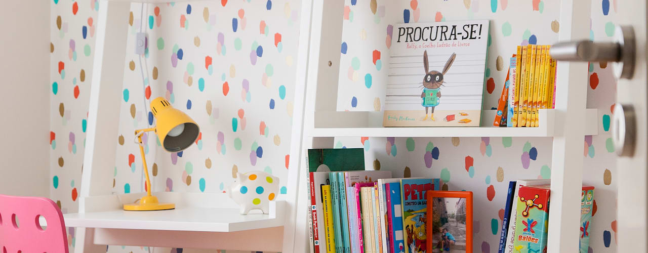 Modern nursery/kids room by Traço Magenta - Design de Interiores Modern