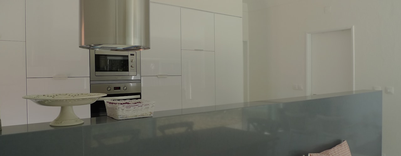 Kitchen by QFProjectbuilding, Unipessoal Lda, Modern