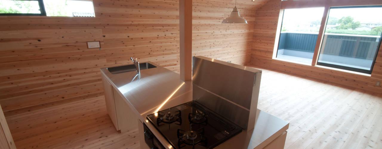神戸町の家 ラスティックデザインの キッチン の FrameWork設計事務所 ラスティック