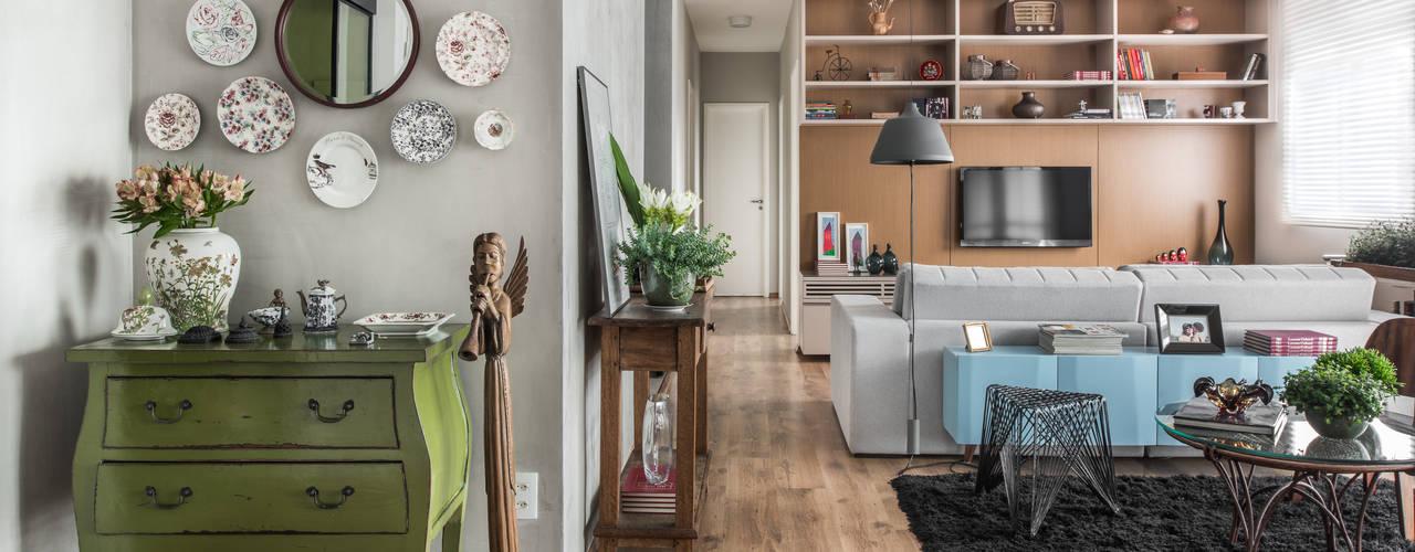 Hall de entrada: Salas de estar modernas por Alma em Design