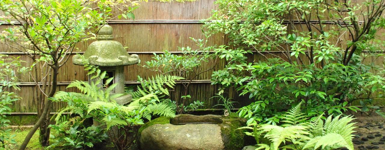町家ギャラリー立山: 作庭処 植徳が手掛けた庭です。