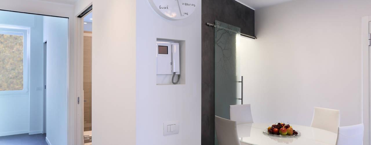 Minimalistische gangen, hallen & trappenhuizen van studio ferlazzo natoli Minimalistisch