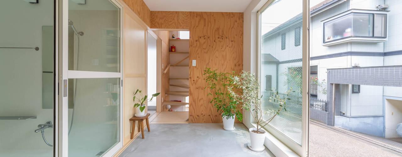 北烏山の住宅 水石浩太建築設計室/ MIZUISHI Architect Atelier モダンスタイルの 温室